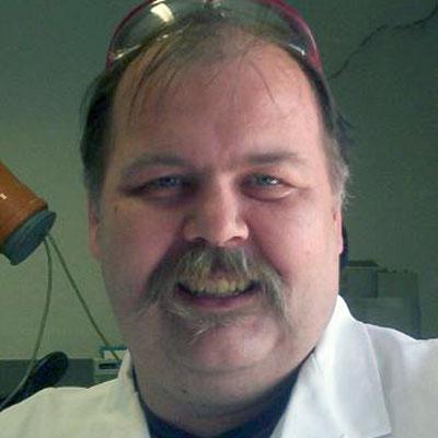 Dr. Uwe Greulach